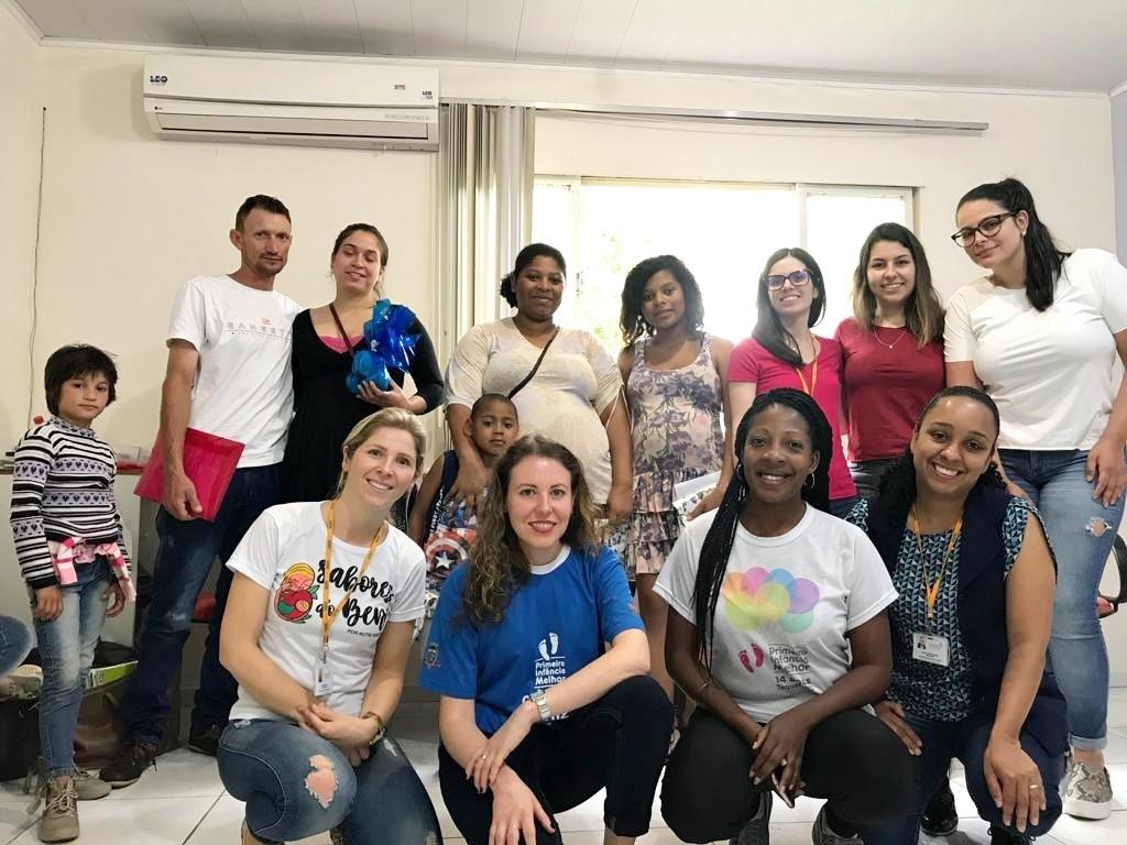 Participantes do grupo Laço Materno se encontram mensalmente na Secretaria Municipal de Saúde de Taquara. Foto: Reprodução