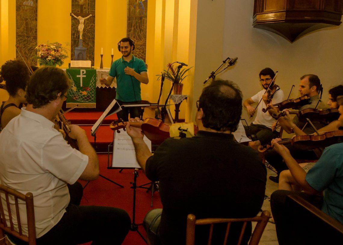 Registro da gravação da Orquestra de Câmara Paranhana. Foto: Reprodução