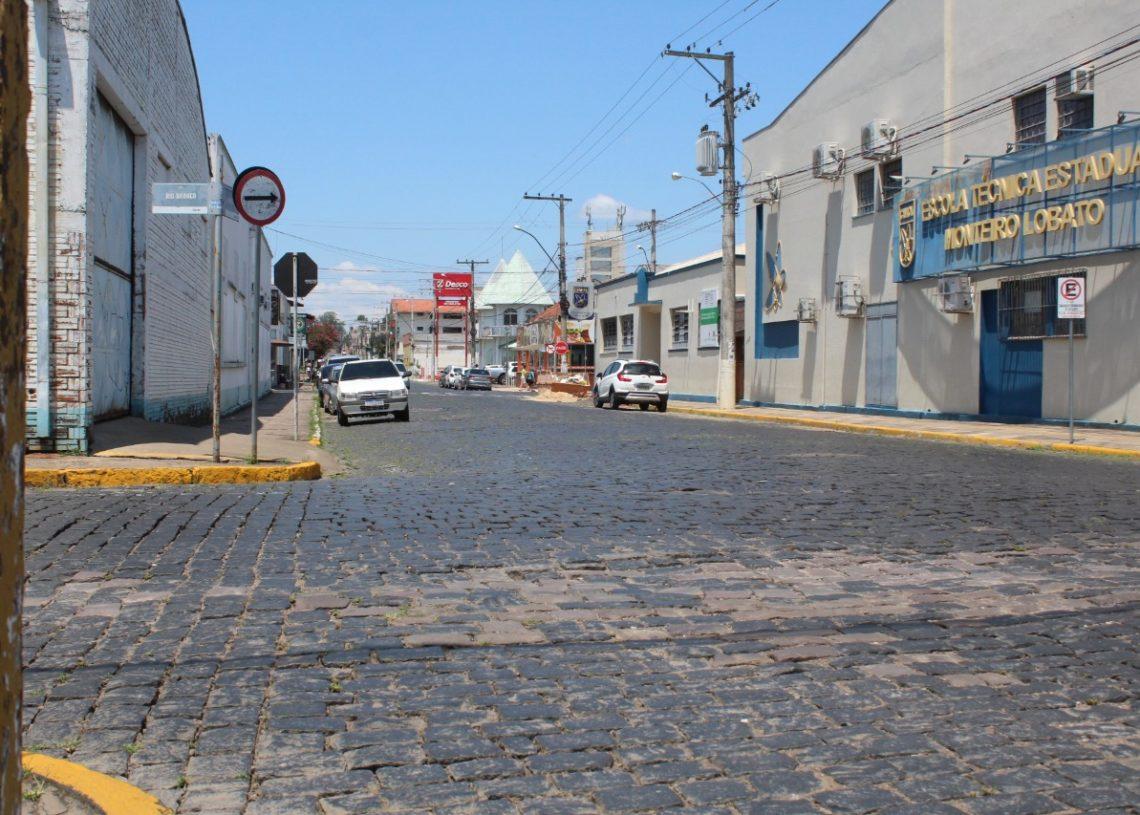 Rua Ernesto Alves, nas proximidades do Cimol, deve receber um quebra-molas Fotos: Matheus de Oliveira
