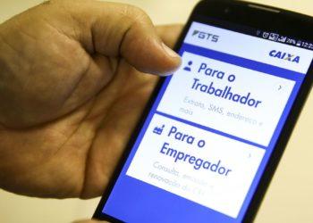 Aplicativo Caixa Econômica Federal- FGTS. Foto: Marcelo Camargo/Agência Brasil.