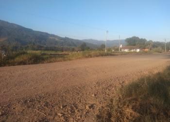 Pavimentação será em trecho de chão batido. Foto: Fabio Machado