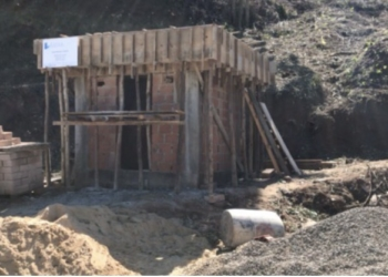 Casa de máquinas está sendo construída no bairro  Foto: Lilian Moraes