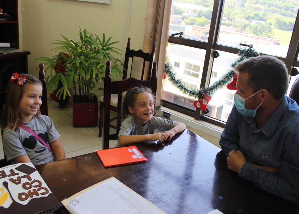 Alunas tiveram encontro com prefeito Diego Picucha na última semana. Fotos:  Divulgação