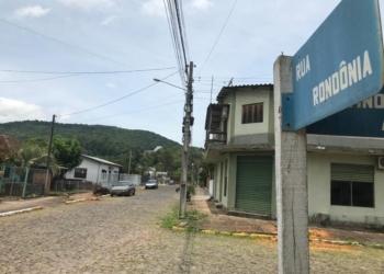 Moradores da região querem que o caso seja resolvido, pois animais seguem morrendo  Foto: Lilian Moraes