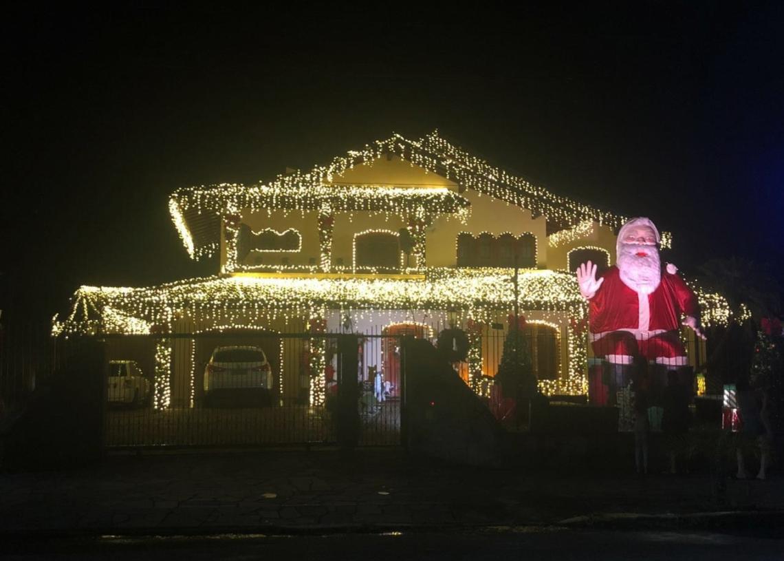 Impossível estar em Três Coroas e não visitar a casa do  Papai Noel  Foto: Lilian Moraes