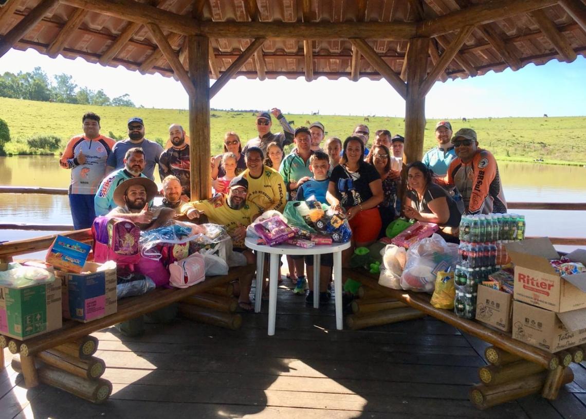 Doações arrecadadas são destinadas à famílias carentes Foto: Divulgação