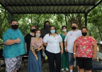 Pacientes que estão internados no hospital junto com profissionais da casa de saúde  Foto: Lilian Moraes