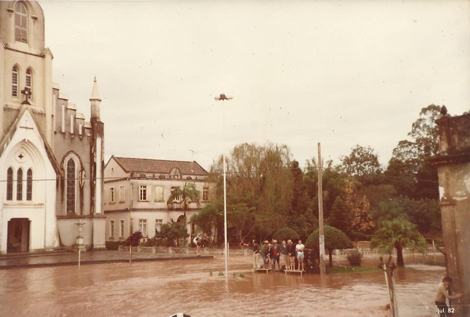 Enchente de 1982, segundo registros históricos, a maior ocorrida no município | Foto: Acervo do Museu Municipal