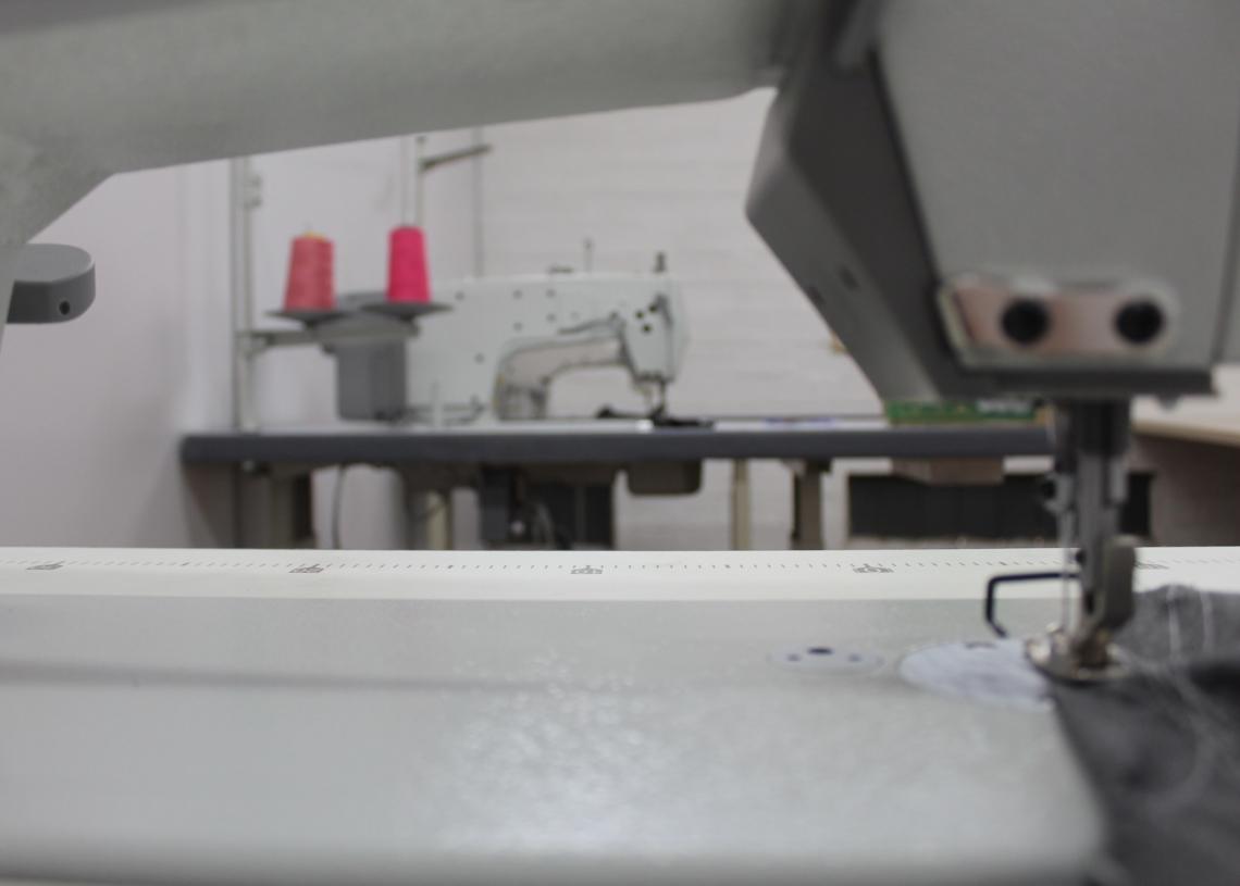 Estrutura montada para a realização do curso em uma sala ao lado da incubadora tecnológica, ParanhanaTEC  Fotos: Lilian Moraes