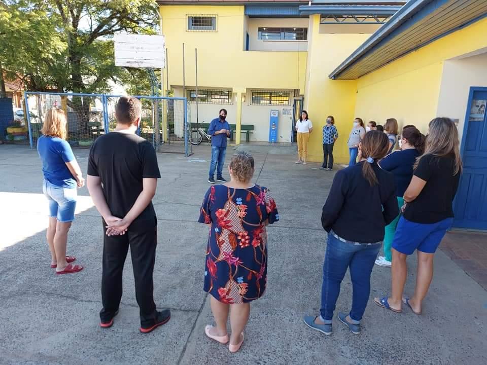 Registro da visita à escola Santo Antônio. Foto: Divulgação