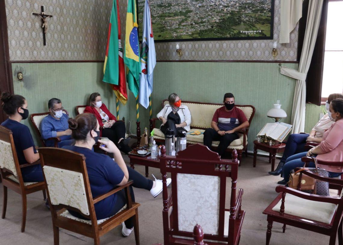 Assunto foi tratado em reunião recente no gabinete da prefeita Sirlei Silveira. Foto: Cris Vargas / Prefeitura de Taquara