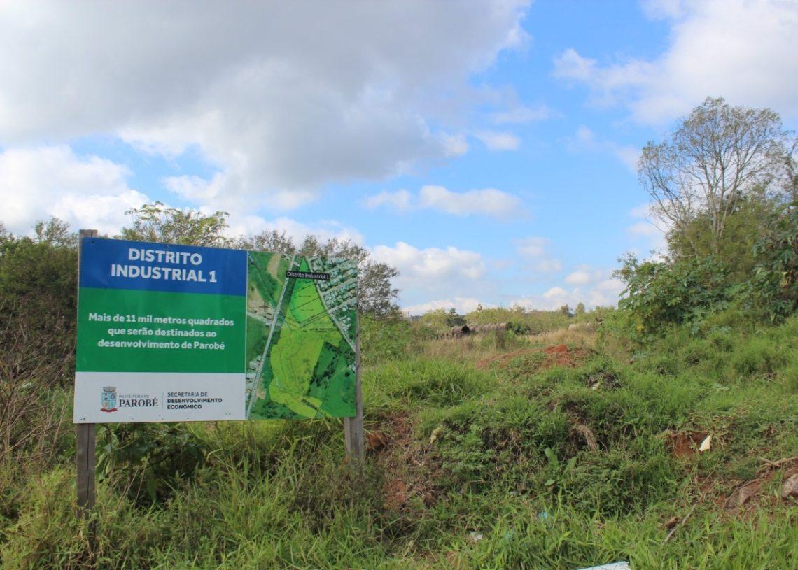 Lotes estão localizados entre os bairros Colina do Leão e Funil  (Foto: Melissa Costa)
