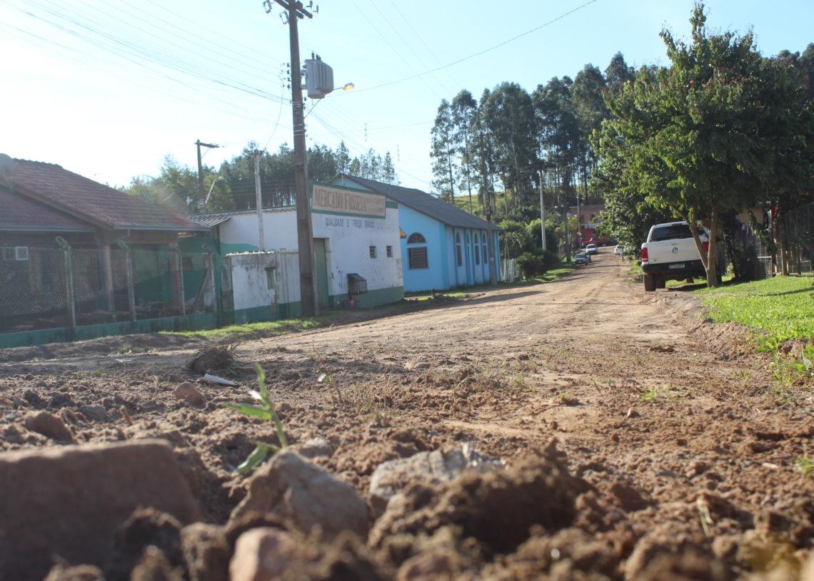 Na Pedro A. de Oliveira,, a pavimentação também vai chegar Foto: Lilian Moraes