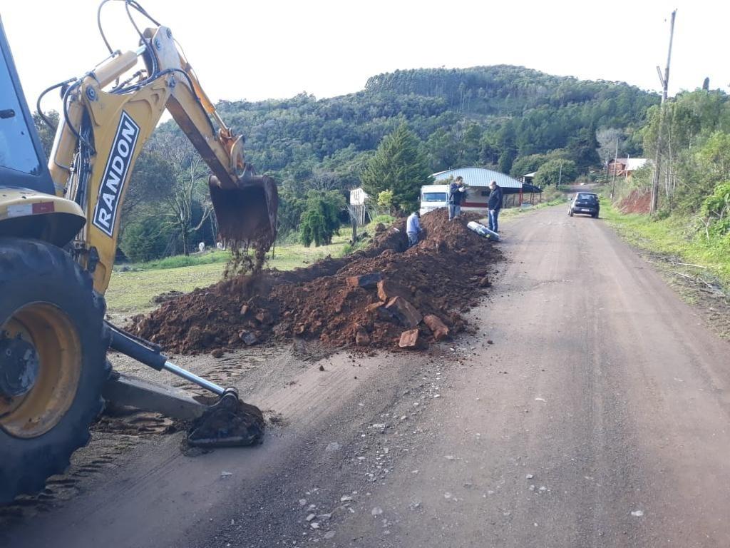 Serviço foi concluído há poucos dias na localidade de Baixa Grande (Fotos: Divulgação)