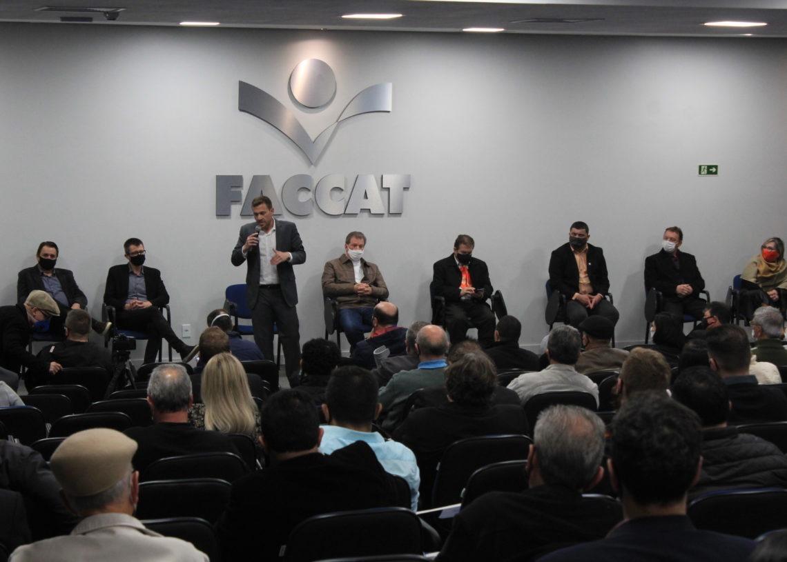 Audiência pública ocorreu na Faccata na última quinta-feira, dia 8. Foto: Matheus de Oliveira