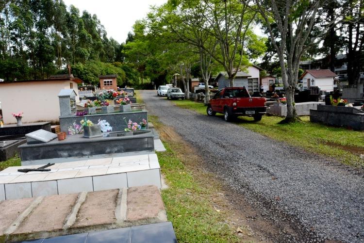A não regularização das sepulturas acarretará na retirada dos restos mortais para a realização de novos sepultamentos Foto: Magda Rabie/Prefeitura de Taquara
