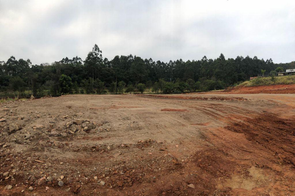 Terreno de aproximadamente 1 hectare já está preparado em lotes para receber as empresas Foto: Lilian Moraes