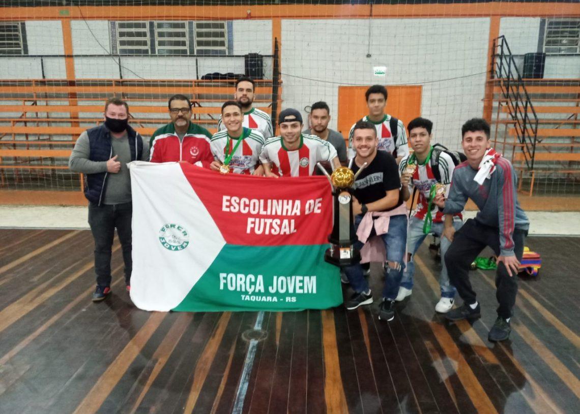 A equipe do Força Jovem garantiu o título da Série Prata masculina Foto: Divulgação/Prefeitura de Taquara
