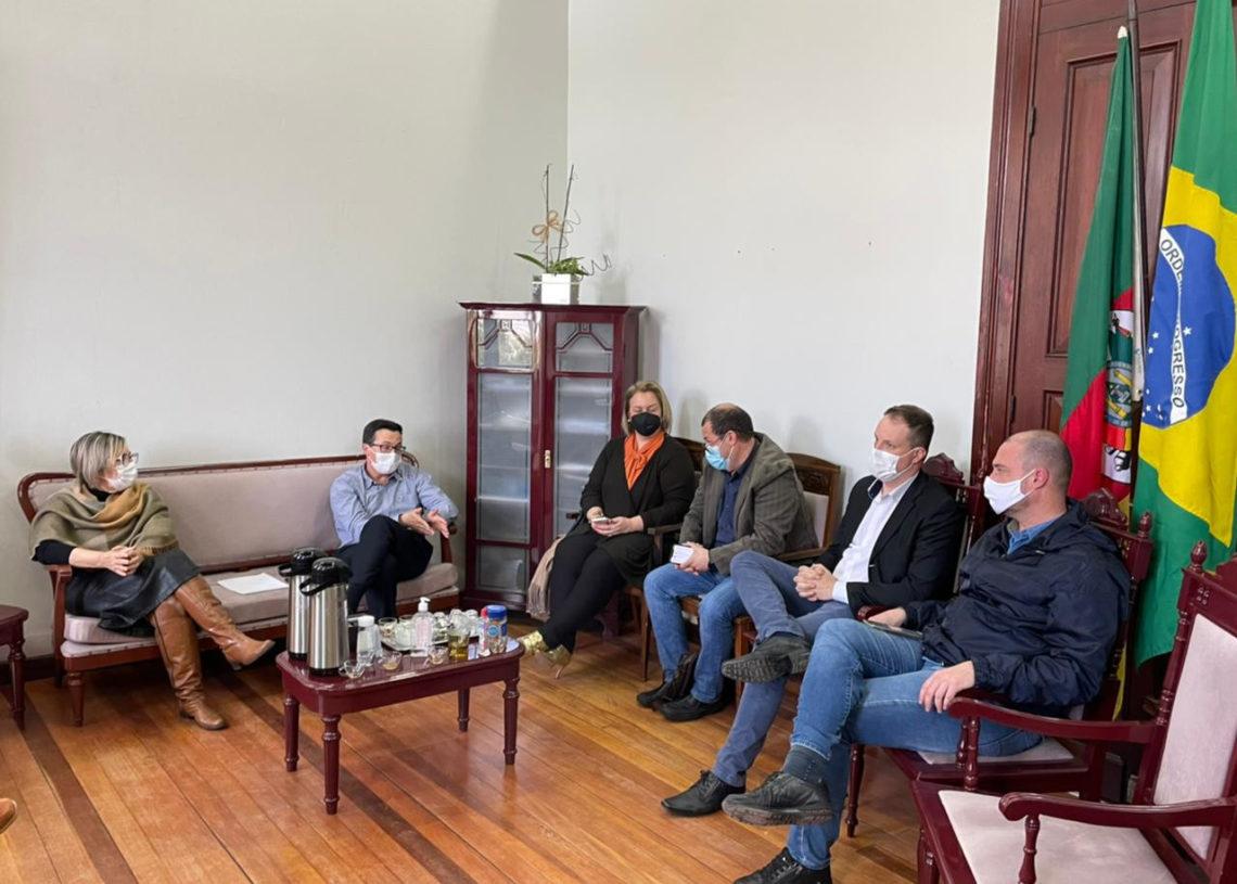 Assunto foi motivo de reunião na sexta-feira passada Foto:  Cris Vargas/Prefeitura de Taquara